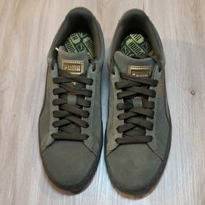 NWOT Puma Army Green Suede Classic+ Sneakers